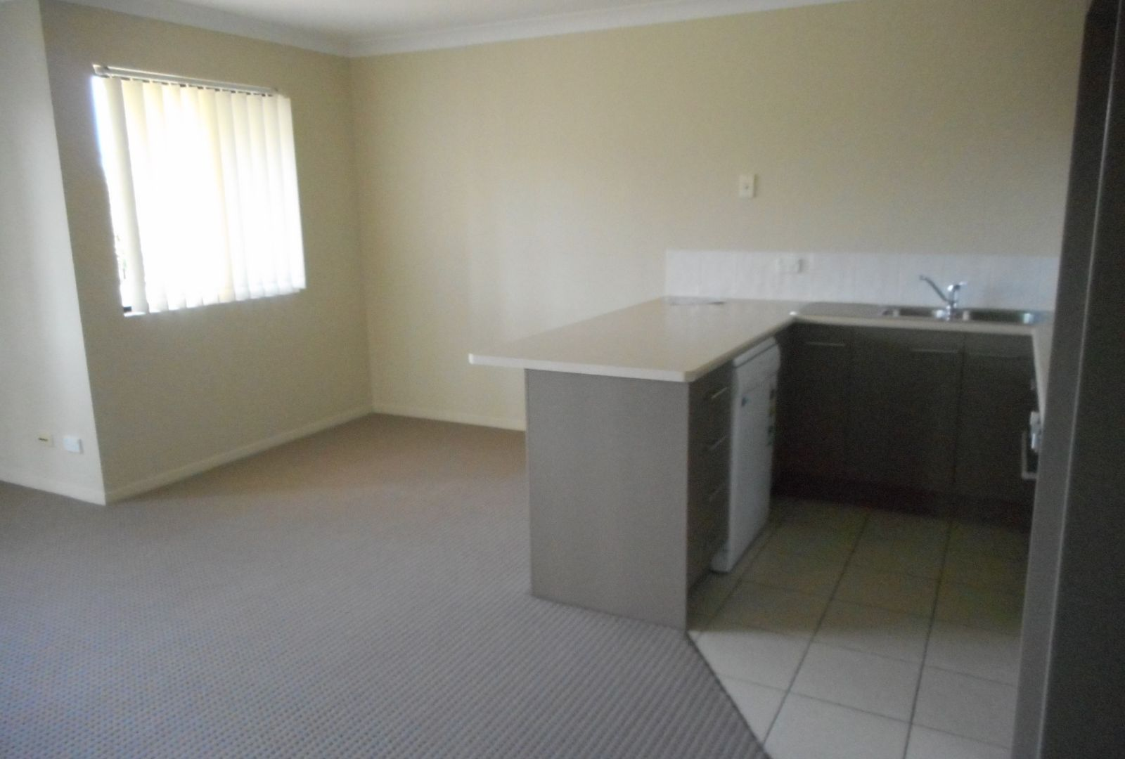 14/14 Syria St, Beenleigh QLD 4207, Image 2