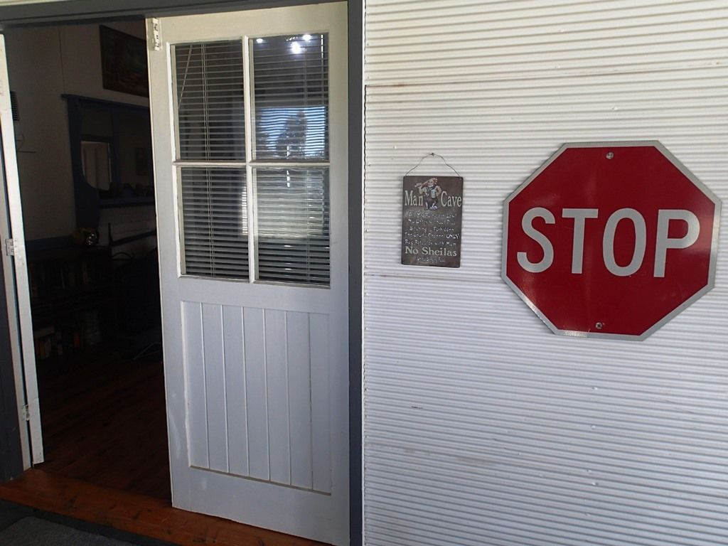 11 Murray Street, Oaklands NSW 2646, Image 1