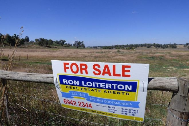 Picture of 260 Burley Griffin Way, WALLENDBEEN NSW 2588