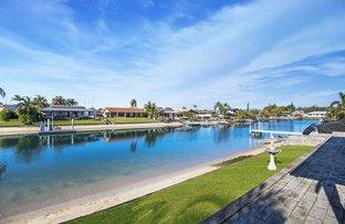 8 Kingfish Court, Palm Beach QLD 4221