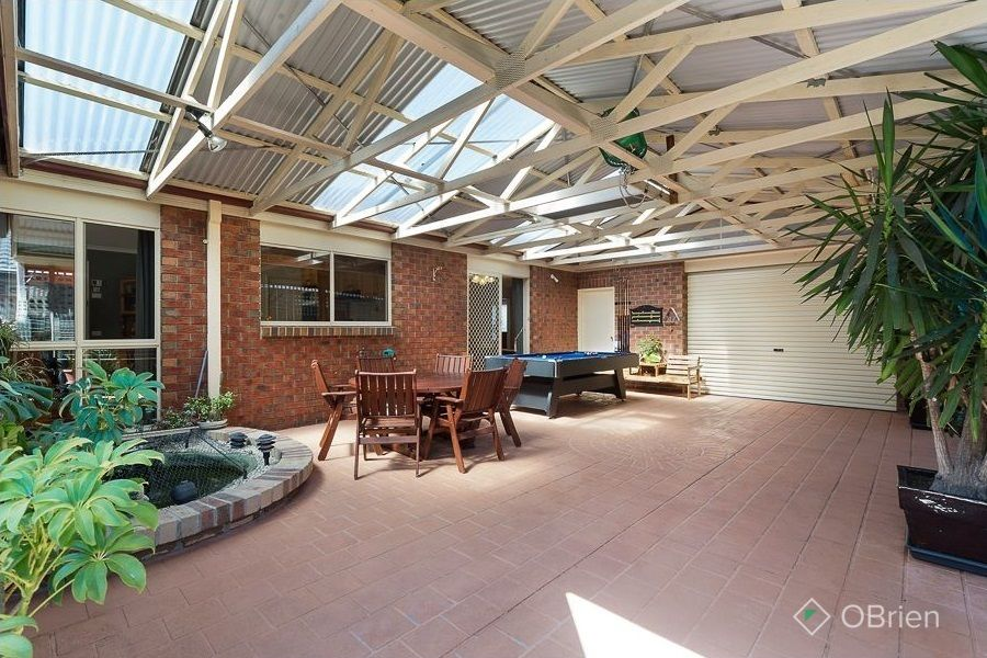 13 Trafalgar Square, Frankston South VIC 3199, Image 0