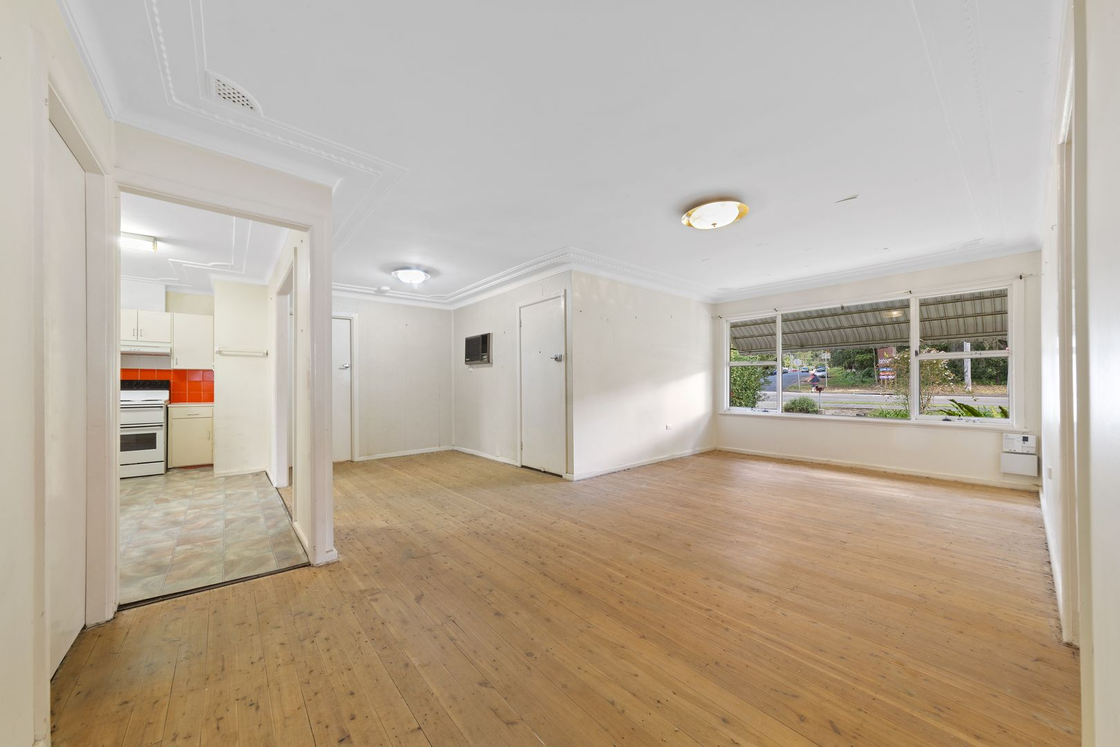 206 Brisbane Water Drive, Point Clare NSW 2250, Image 2