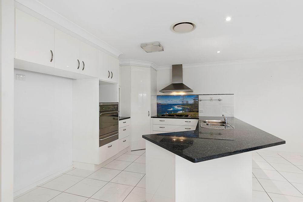 23 Bedarra Street, Redland Bay QLD 4165, Image 2