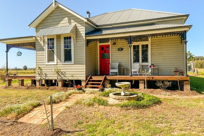 Picture of 24 Leslies Lane, MITCHELLS ISLAND NSW 2430
