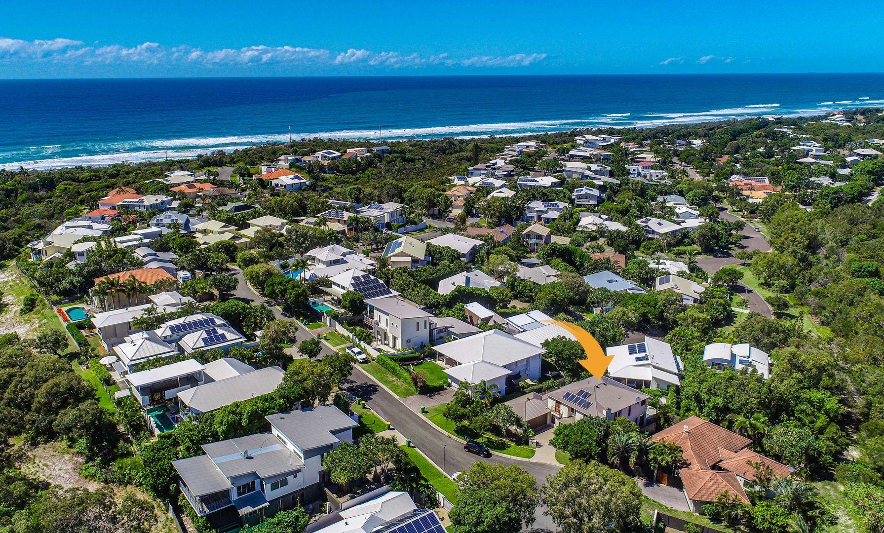 15 Seafarer Court, Castaways Beach QLD 4567, Image 1