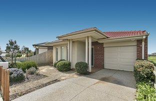 Picture of 71 Exploration Way, Werribee VIC 3030