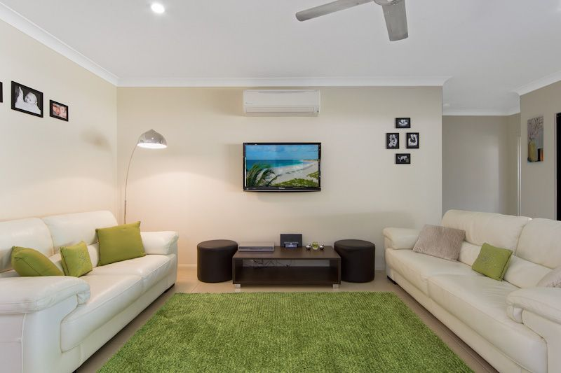 27 Ainscow Drive, Bentley Park QLD 4869, Image 2