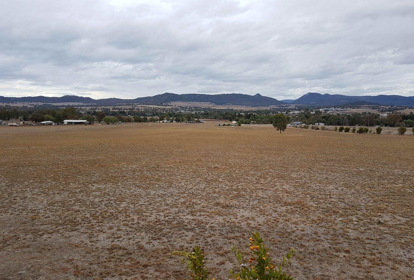30 ORMANS LANE, KOOTINGAL, Tamworth NSW 2340, Image 2