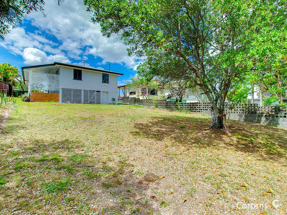 21 Yanderra Avenue, Arana Hills QLD 4054, Image 2