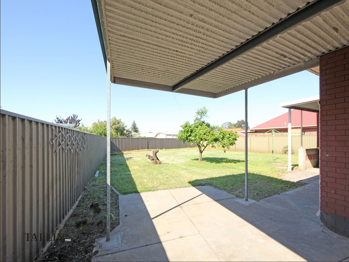 6 Ballater  Avenue, Seaton SA 5023, Image 2