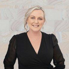 Leanne Jenke, Sales representative