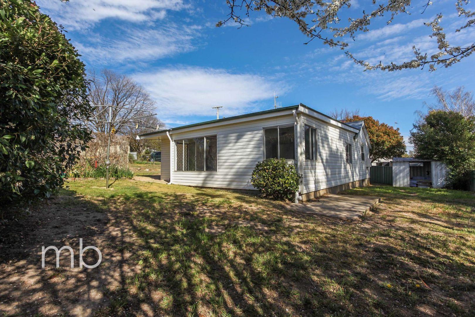 13 Jubilee Avenue, Orange NSW 2800, Image 0