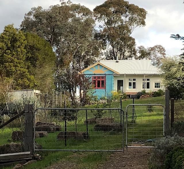 69 Maldon Road, McKenzie Hill VIC 3451