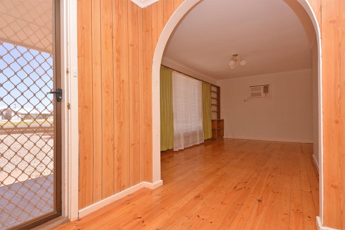 365 Jenkins Avenue, Whyalla Stuart SA 5608, Image 1