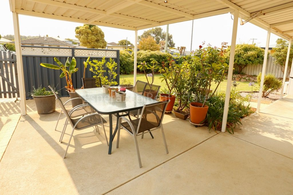 14 Travers Avenue, Nulsen WA 6450, Image 2