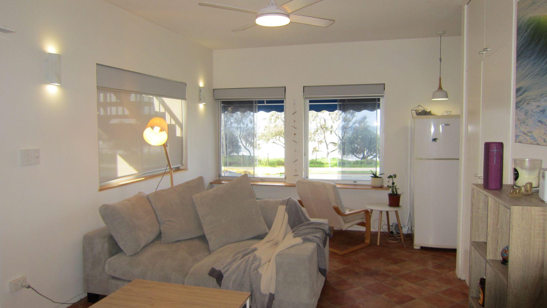 3/19 Boolarong Crescent, Alexandra Headland QLD 4572, Image 2