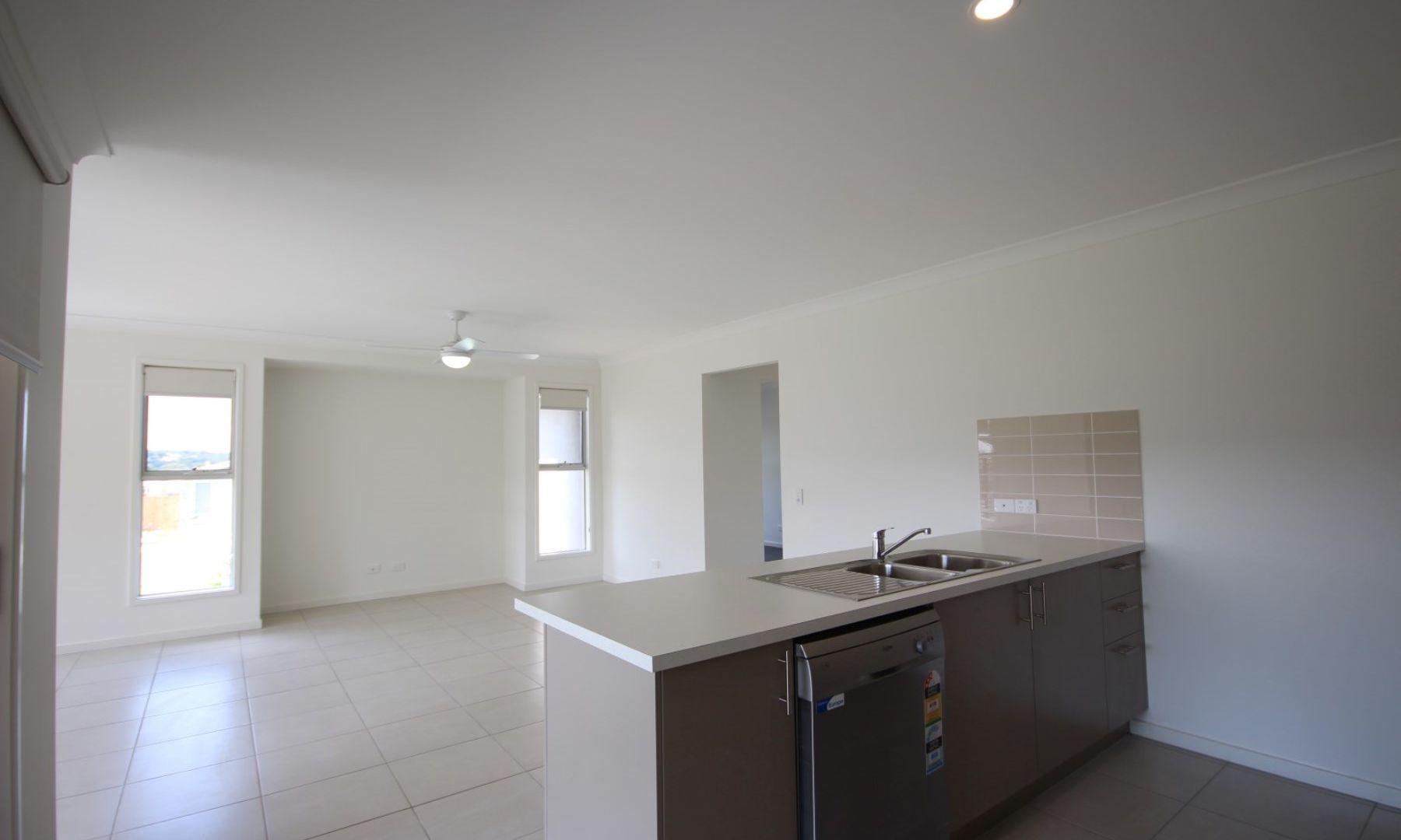 6 Cornelia Street, Leichhardt QLD 4305, Image 1
