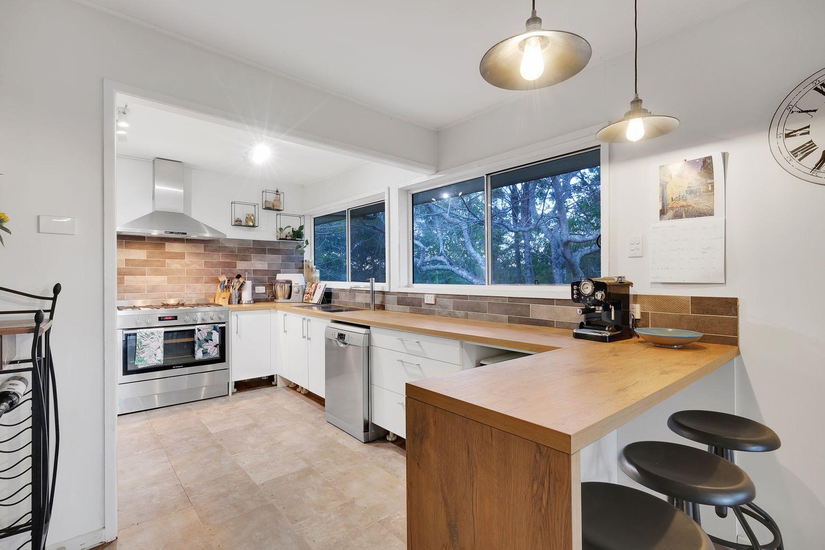 11 Luss Street, Moggill QLD 4070, Image 0
