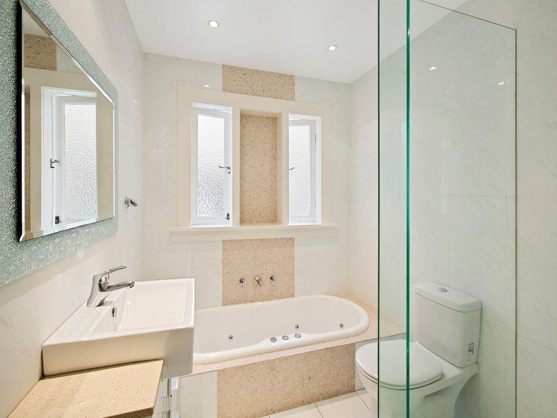 16 Queen Street, Mosman NSW 2088, Image 2