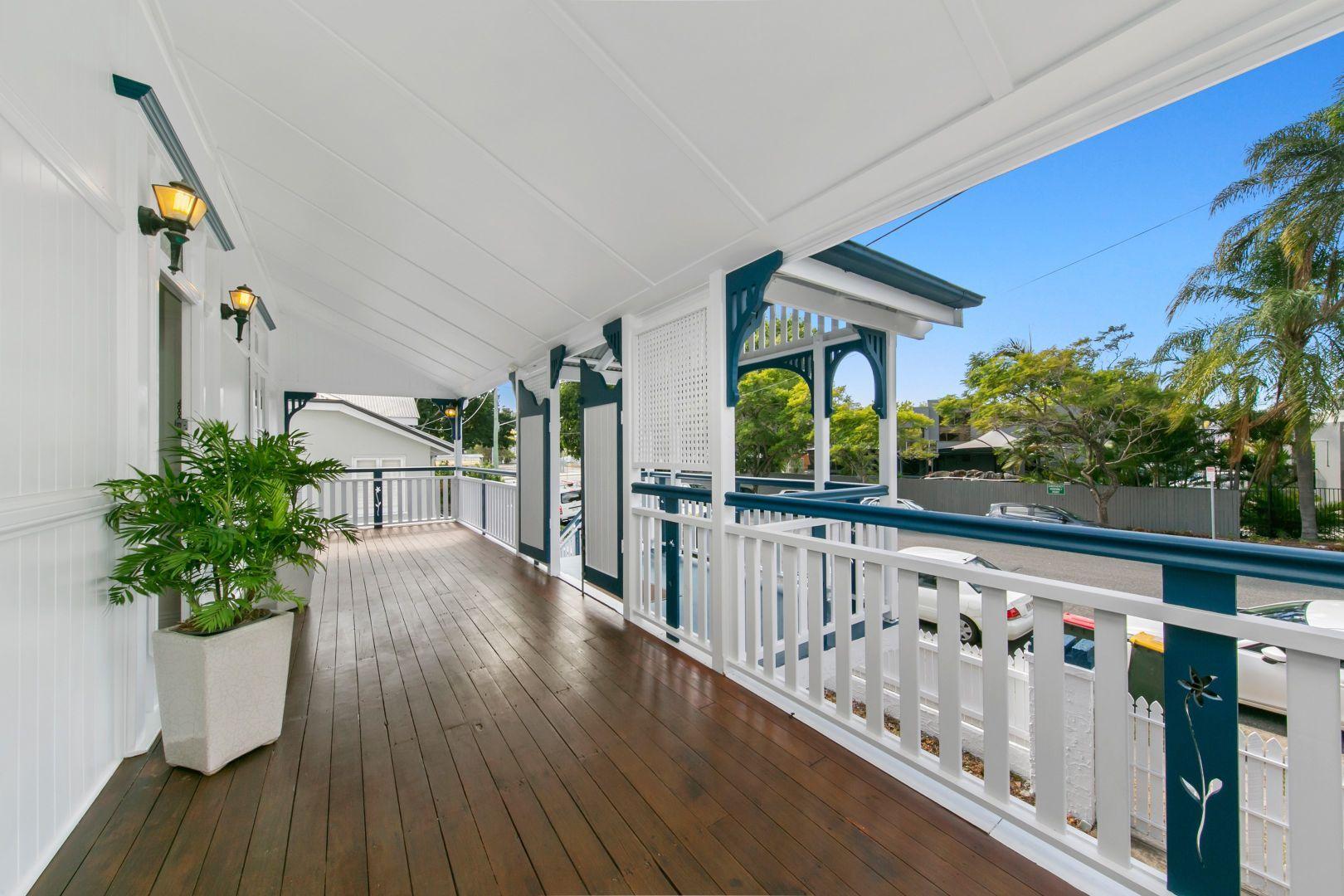 18 Hunt Street, Hamilton QLD 4007, Image 0