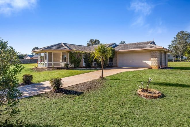 Picture of 11 Fairview Crescent, HIGHFIELDS QLD 4352