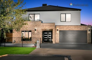 Picture of 8 Tasman  Court, Taylors Hill VIC 3037