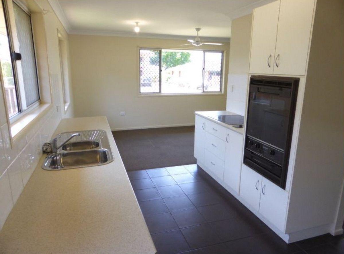 29 Erin Street, Wilsonton QLD 4350, Image 2