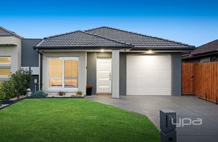 Picture of 39a Aylesbury Crescent, Gladstone Park VIC 3043