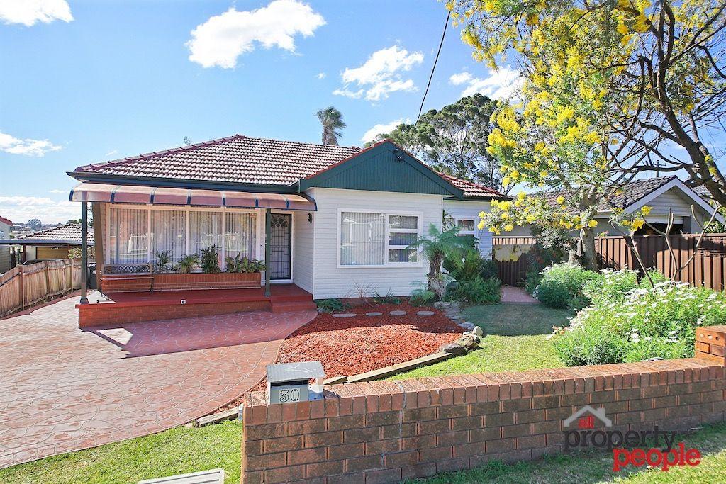 30 English Street, Glenfield NSW 2167, Image 0