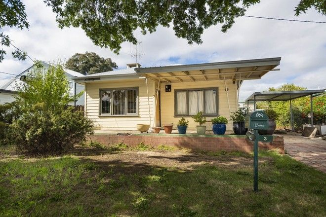 Picture of 3 Kathleen Street, QUEANBEYAN NSW 2620
