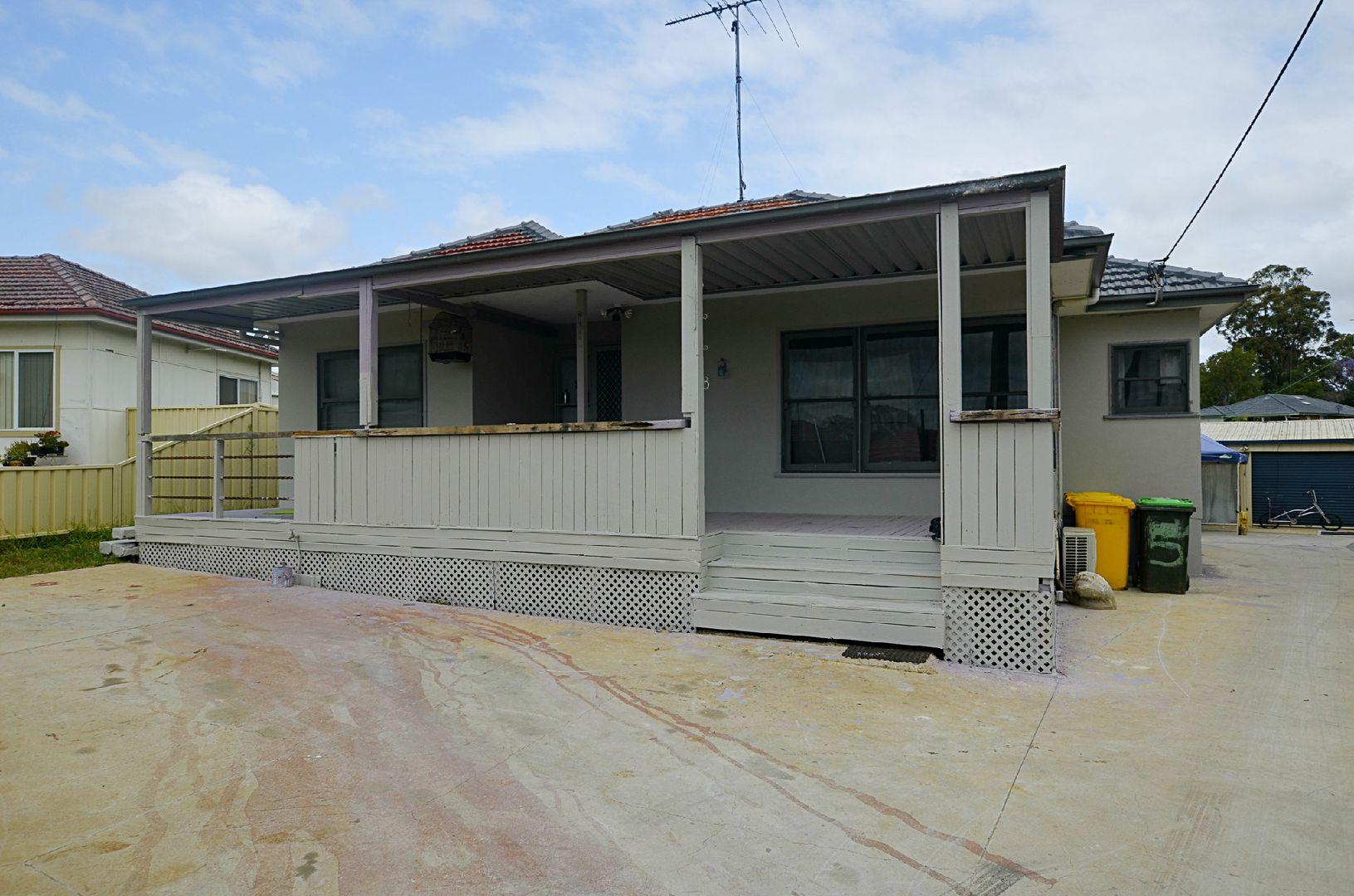 51 Chisholm Crescent, Bradbury NSW 2560, Image 1