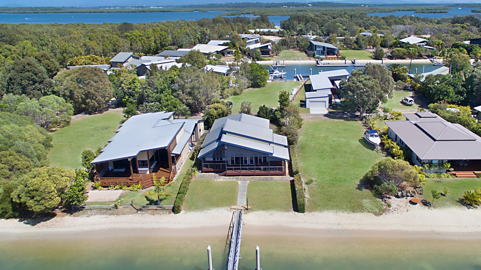 9 Doeblin Drive, South Stradbroke QLD 4216, Image 1