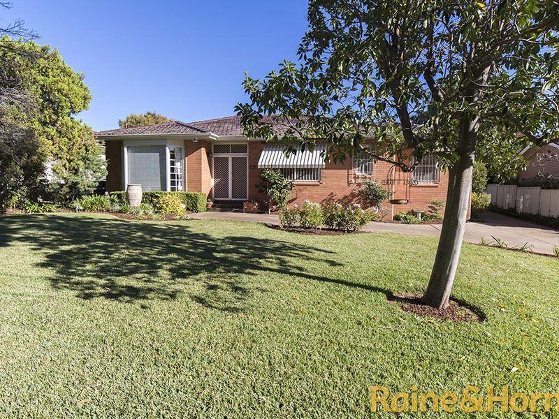 59 Stonehaven Avenue, Dubbo NSW 2830, Image 1