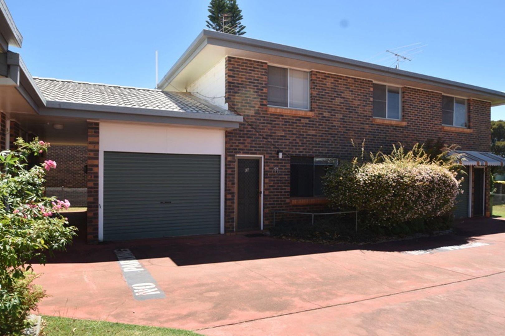 11/335 West Street, Harristown QLD 4350, Image 0