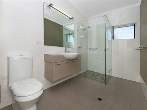2/7 Alexandra Street, North Ward QLD 4810, Image 2