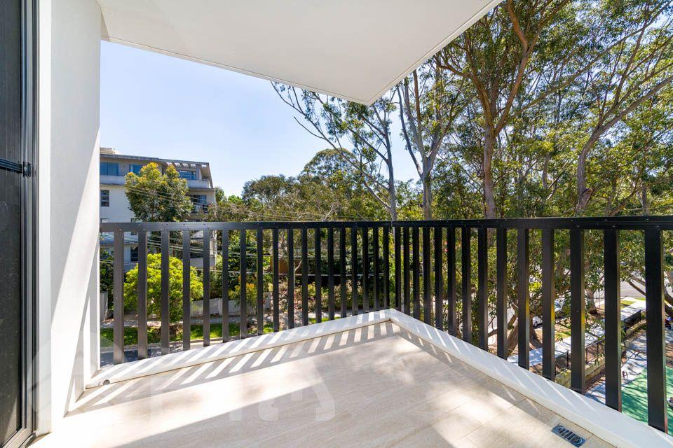 18/2-4 Pinaroo Place, Lane Cove North NSW 2066, Image 2