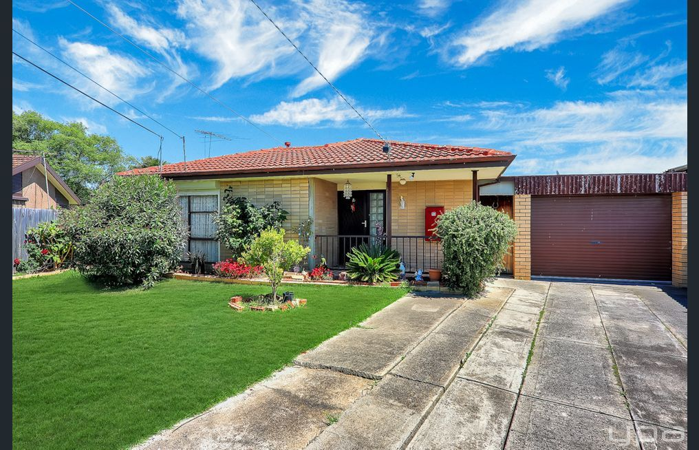 13 Gobur Court, Meadow Heights VIC 3048, Image 0
