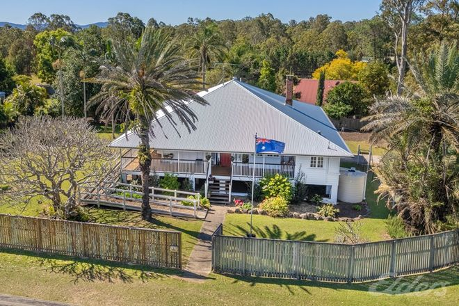 Picture of 35 DURUNDUR STREET, WOODFORD QLD 4514