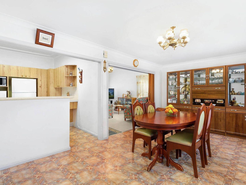 98 Clarke Street, Bass Hill NSW 2197, Image 2