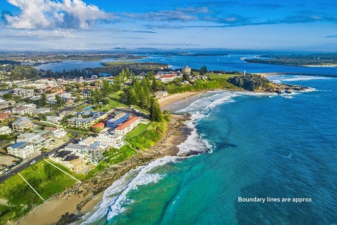 Picture of 10 Ocean Street, YAMBA NSW 2464