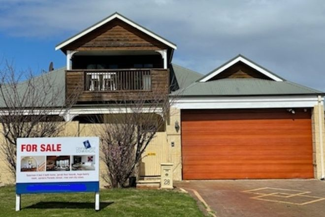 Picture of 28 Davy Street, ALFRED COVE WA 6154
