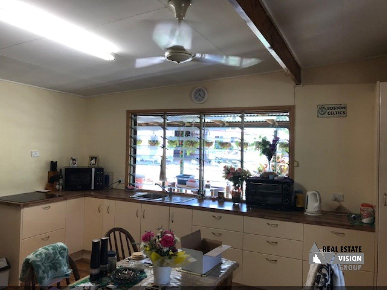 58 Goanna Flats Rd, The Gemfields QLD 4702, Image 2