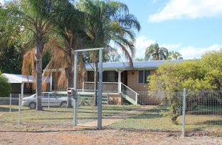 Picture of 2 French Court, Clermont QLD 4721