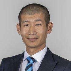Leon Yuan, Sales representative