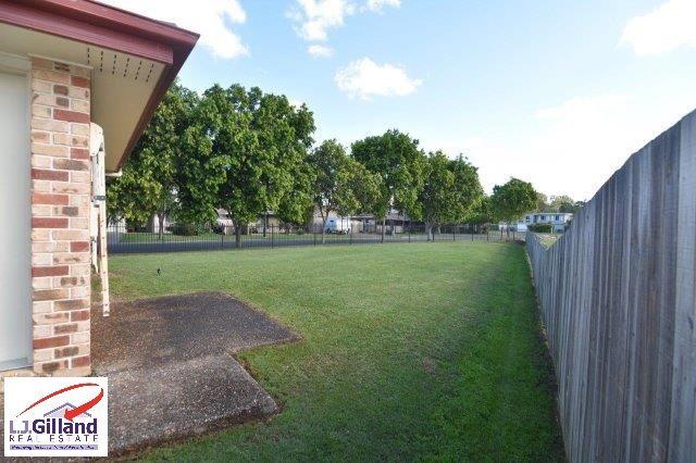 4 Yovan Court, Loganlea QLD 4131, Image 2