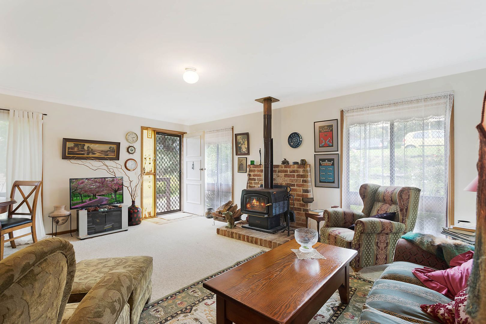 37 Warbler Crescent, North Narooma NSW 2546, Image 2