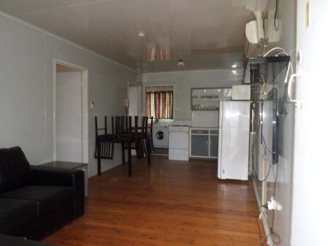 1/17 East Street, Wandoan QLD 4419, Image 1