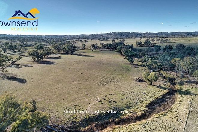 Picture of 200 Quirks Loop, STUART TOWN NSW 2820