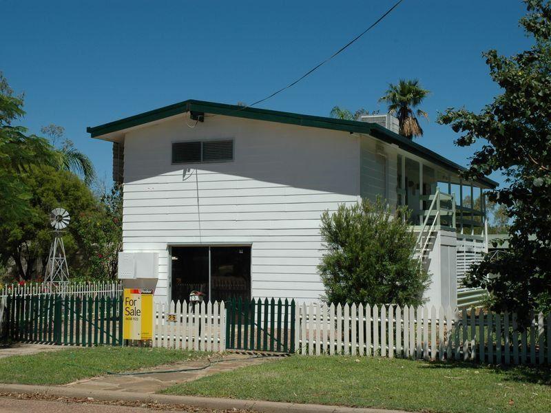 25 Crane Street, Longreach QLD 4730, Image 0