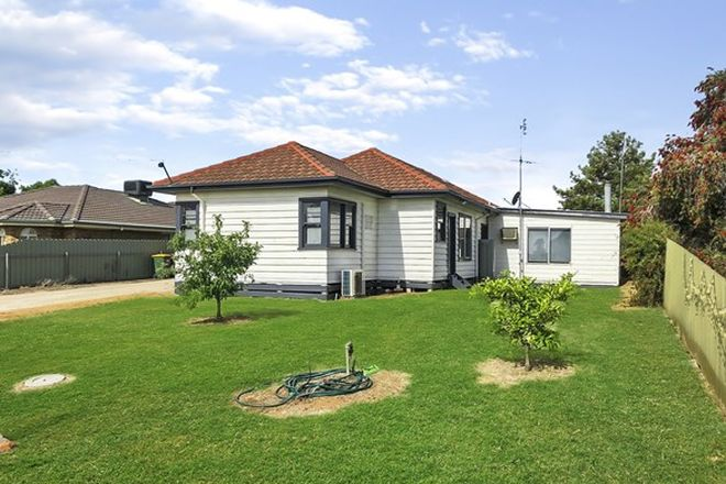 Picture of 3 Railway Crescent, BOORT VIC 3537